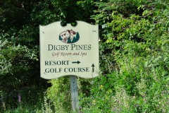 Digby Pines directional sign